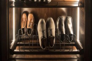 men's shoe rack with inner lighting
